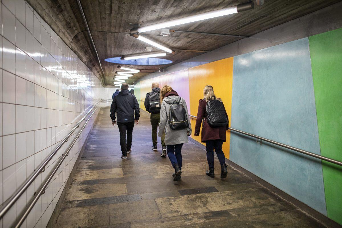 Helsfyr-gjenapning-stasjonskunst
